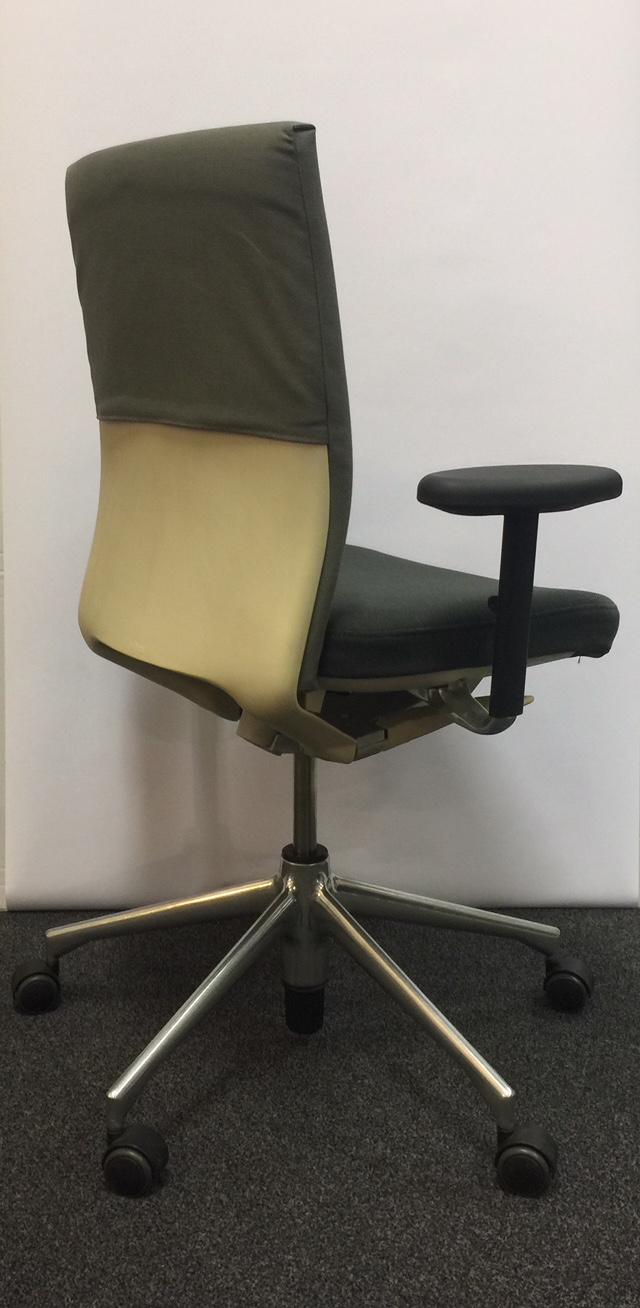 vitra access 1 b robedarf frankfurt ihr starker partner f r b roartikel. Black Bedroom Furniture Sets. Home Design Ideas